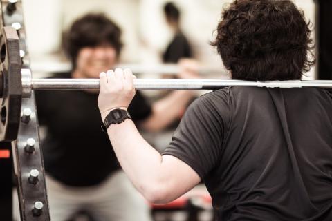 男性がモテるために最初にすべき筋トレと肉体改造